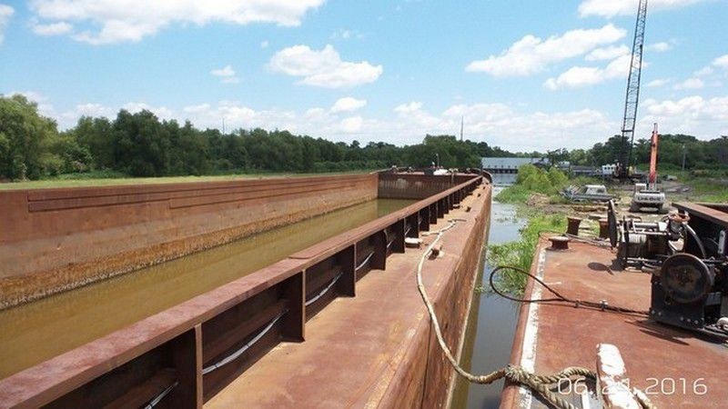 Overstock Boats - Used Inland Hopper Barge and Tugs for sale