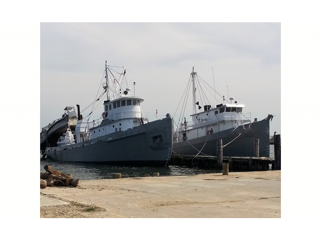 FEATURED VESSEL ON LEFT